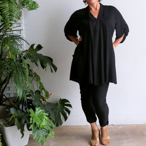 Apres Spa Kaftan Tunic Top in a classic black. Full length view.