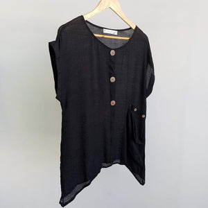 Light + floaty 3 button blouse / short sleeve top. Black