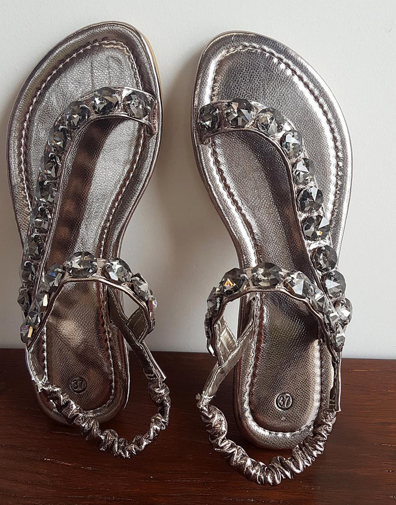 Easy slip-on, slip-off elastic ankle strap summer sandal with bling! Fantastically comfy womens summer shoe for casual or smart occasions. Silver grey.