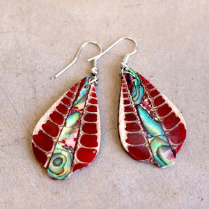 By The Sea Shore Earrings / Mother Of Pearl Shell / Red Fan.