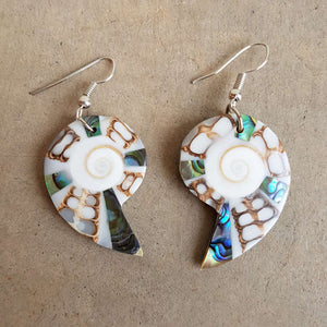 By The Sea Shore Earrings / Mother Of Pearl Shell / Shell - Lighter.