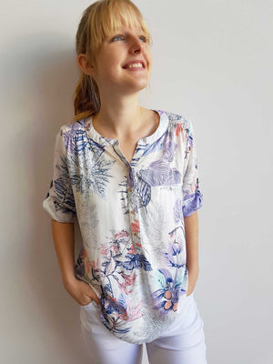 Chelsea Blouse Top in Botanical Print + button up 3/4 sleeves.
