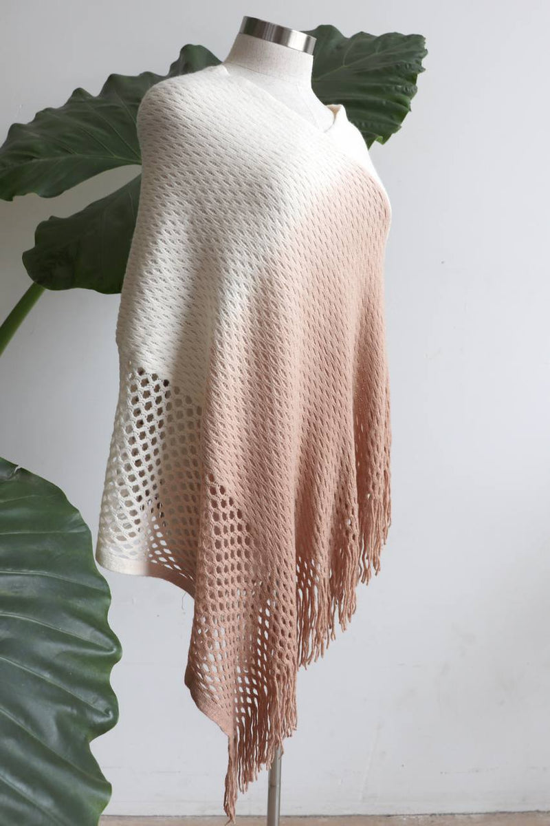 Coronet Peak Poncho - Cream Blush.