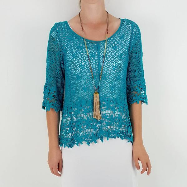Gorgeous 3/4 sleeve crochet daisy beach cover / top with scoop neck. Teal.