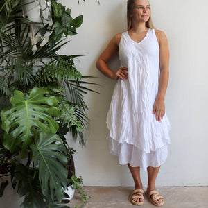 Women's sleeveless v-neck 100 % cotton layer summer dress. One size fitting sizes 10-18. White,