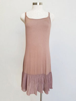 Easy stretch cotton slip with pleated hem. mocha