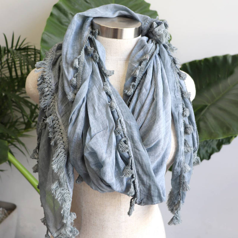 Footloose Scarf in Silver.