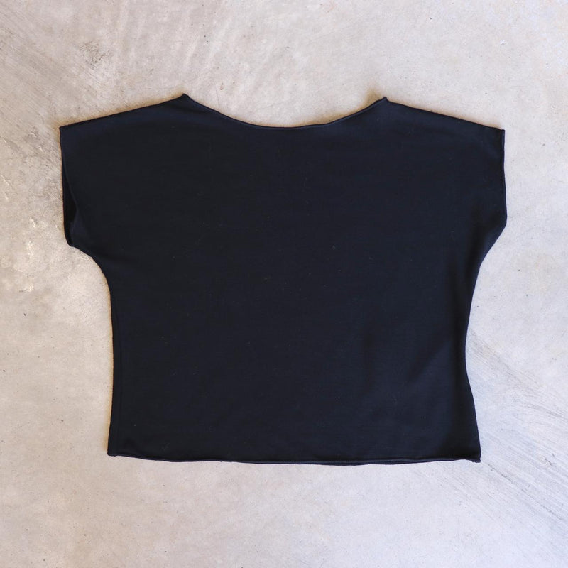 Girls summer square cut, plain t-shirt basic top. Sizes to fit newborns, toddlers, kids and  tweens up to 10 years old. Ethically handmade with soft, stretch bamboo spandex. Black