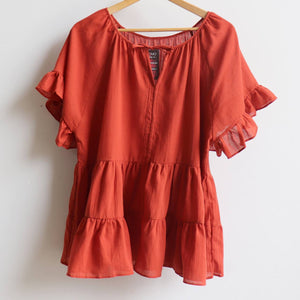 Flowing free size white cotton blouse perfect for our hot Australian summer season. Plus size style. Rust Orange.