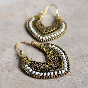 Brass filigree earrings with linen thread colour wrap details. Heart-White.