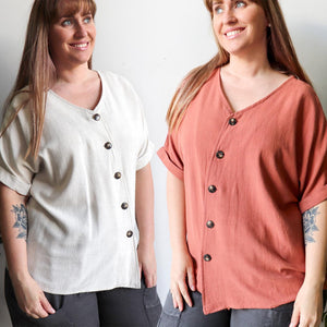 Hamilton Top a short sleeved button through blouse. Perfect summer style women's top created in a quality linen and viscose blend. Sizes 8-18.