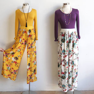Wide-leg, floaty lounge, floral pants with stretch waistband and drawstring. Keeping you cool and comfortable from spring to summer, resort to beach. High waisted fit with a generous leg cut, palazzo-style pant. Caters for plus size up to size 20 - Sasaki Print  - Vintage White