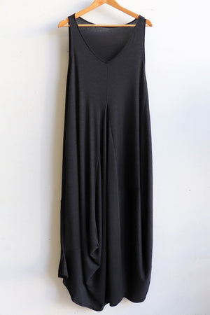 Plus size winter maxi dress in fine marle grey knit and is ideal for layering. Designed in Noosa, Australia and has been ethically produced in small runs. Black.
