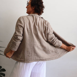 Linen Blazer. 100% Linen Blazer. Button front. Collared. Comfortable