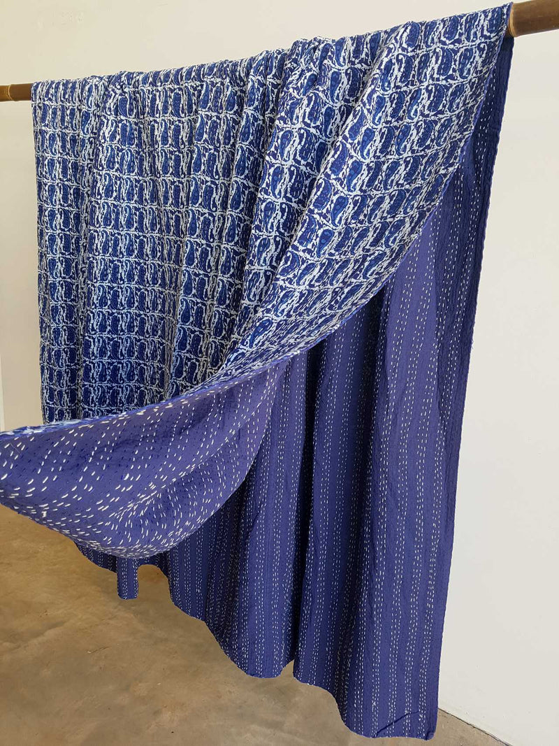 Traditional Blockprint Cotton Kantha Bed Throw QUEEN SIZE. Indigo with paisley motif