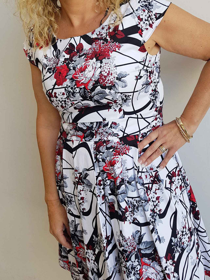 Race Day Dress Flemington Print Floral Red/Black pattern on White - short sleeve knee-length.