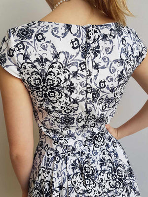Race Day dress in Ascoat Print, short sleeve + pearls. Knee Length.