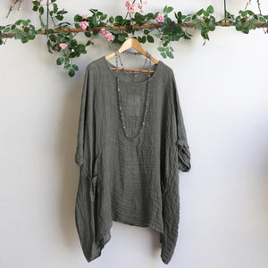 Ladies loose summer kaftan top. Made from 100% pure linen and made in Italy. Beach cover-up. Generous plus size fitting - Olive green