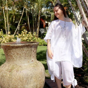 Ladies loose summer kaftan top. Made from 100% pure linen and made in Italy. Beach cover-up. Generous plus size fitting - White
