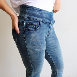 Shaper Denim Jeans - mid-rise stretch pull-on jegging in plus size. Side pockets view.