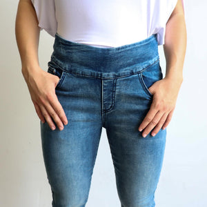 Shaper Denim Jeans - mid-rise stretch pull-on jegging in plus size. Pockets view.