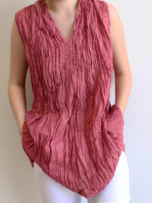 The Wanderer Cotton Blouse Top Sleeveless V-Neck. Dusty Pink.