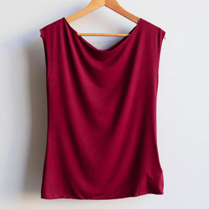 Womens stretch bamboo spandex square cut plain t-shirt. Simple summer top, great for mix and match with our other Kobomo On The Go staples. Plus sizes available up to an 18, Sangria.