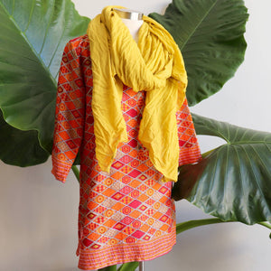 Sunshine Women's Kurta Top - Sunset Sands Mosaic combined with a Just Like A Woman Scarf Wrap.
