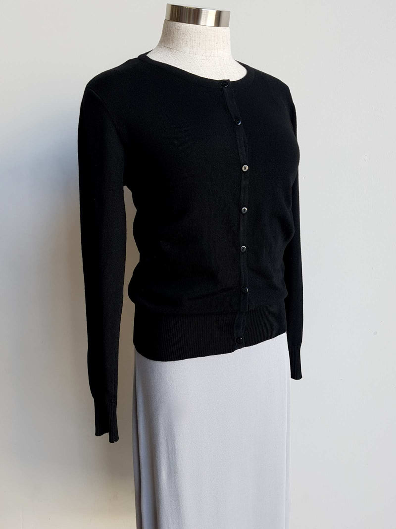 Sweet Button-through Knit Cardigan Top, real buttons, high neck. Black.