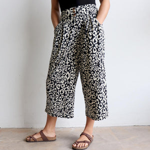 Ultra-comfy culotte pants in an animal print, Lovely wide elasticised waistband with two essential pockets. Cotton/Poly fabric available in sizes 10-18. Cream.