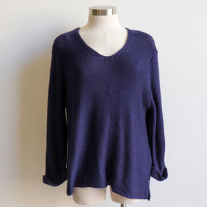 Oversize knit jumper with V-neck and boxy shape knit top perfect for weekend casual women's wear. navy blue