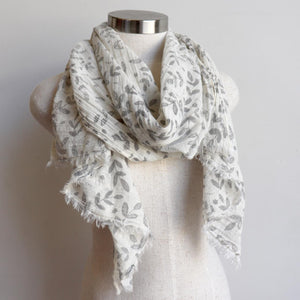 Walk In The Park Scarf - Natural cotton handmade neck accessory for Winter and Summer. Silver / Natural.