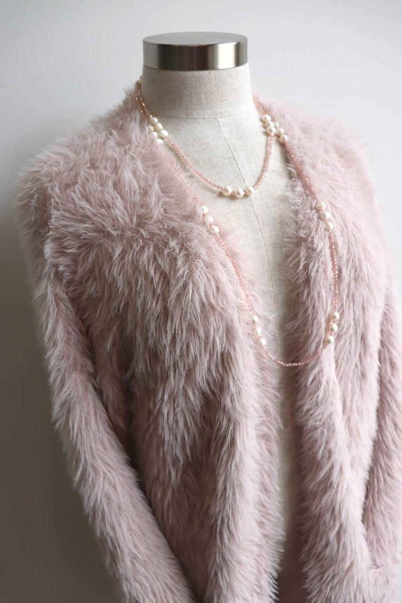 Windsor Cardi, a soft, cosy and a wonderfully stretchy piece from our winter range. Blush Pink.