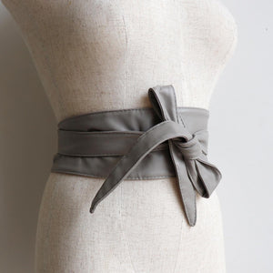 Wrap'n'Tie Belt - Women's Obi style wrap-around leather-look waist sash. Dove Grey.