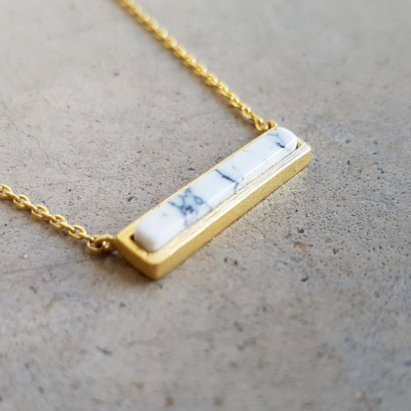 La Luna Rock Necklace Jewellery Gold Chain white bar
