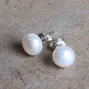 Baroque pearl earrings on 925 silver posts.