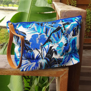 Anything Goes Clutch Bag zippered purse great for cosmetics, with a washable lining. Rainforest.