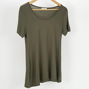 Women's stretchy soft polished cotton blend,  short sleeved t-shirt. Plain and basic summer top staple for easy styling and layering. Petite to plus size available from a 6 to 22 - Khaki Green