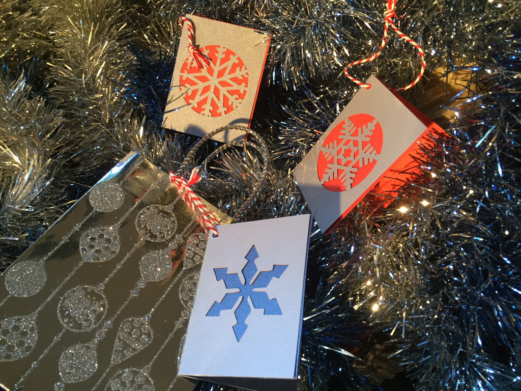 Snow Flake Christmas Gift Card Pack *with flair* - Swank Creations - 1