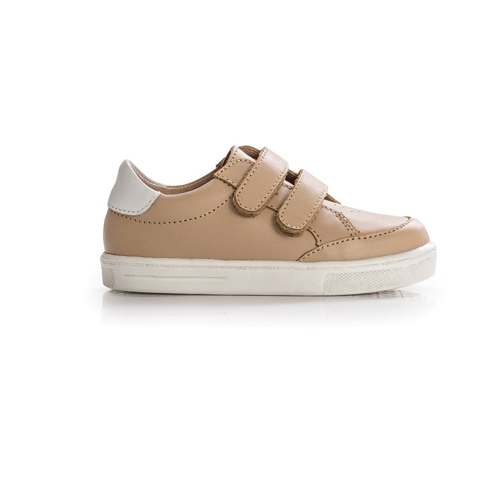 xo-trainer-sneaker-side-shoe-tan-Pretty-Brave