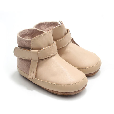 SNOW BOOT Natural - sizes S and M only
