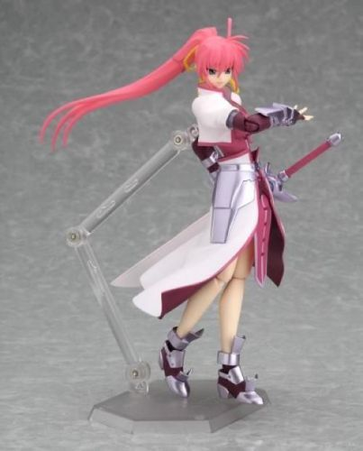 figma 039 Magical Girl Lyrical Nanoha StrikerS Signum Knight ver. Figure_2