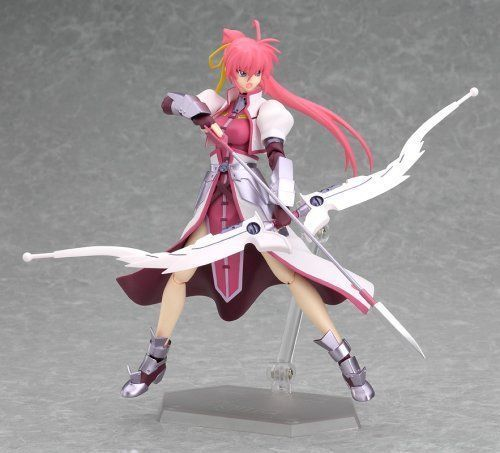 figma 039 Magical Girl Lyrical Nanoha StrikerS Signum Knight ver. Figure_5