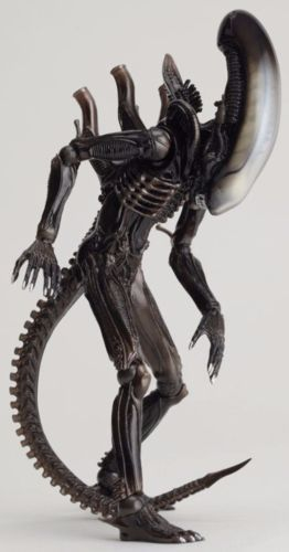 Tokusatsu Revoltech No.001 ALIEN Figure KAIYODO from Japan_2