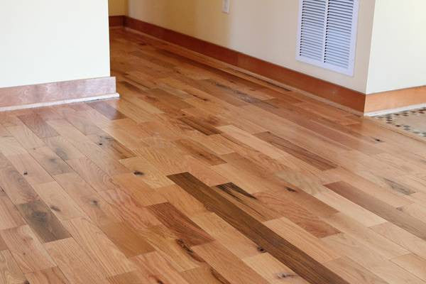 Unfinished Utility Grade Oak Hardwood Flooring Colonial