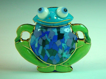 frog Porcelain  pin