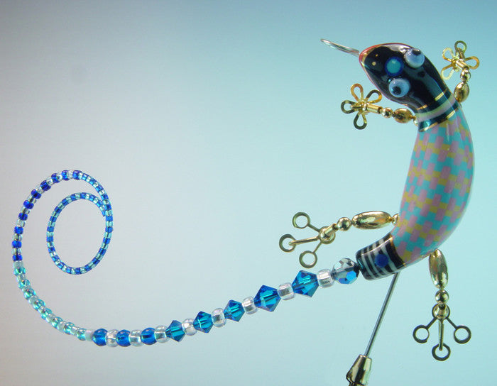 Gecko Porcelain and mixed media stick pin