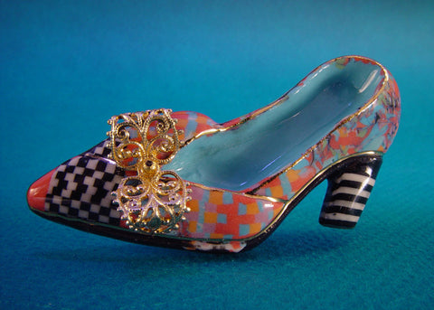 High heel Porcelain and mixed media pin