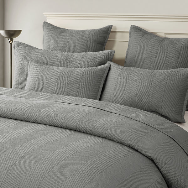 Evelyn Stitch Chevron Luxury Pure Cotton Quilt, Gray