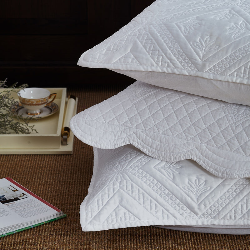 Fern Crystal Luxury White Quilt